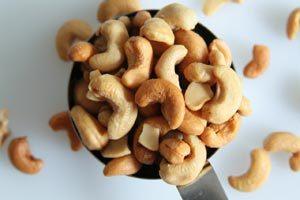 польза орехов для беременных