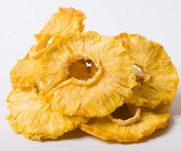 сушеные ананасы польза фото